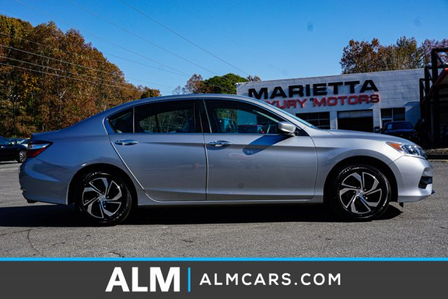 Pre-Owned 2017 Honda Accord Sedan LX
