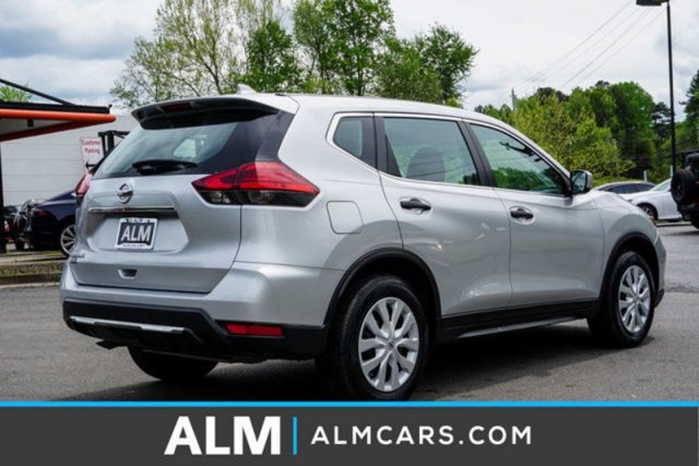 Pre-Owned 2017 Nissan Rogue S FWD Sport Utility